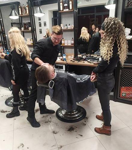 Salon fryzjerski Biłgoraj Akademia Fryzjerska warsztaty Barber Shop Mielec